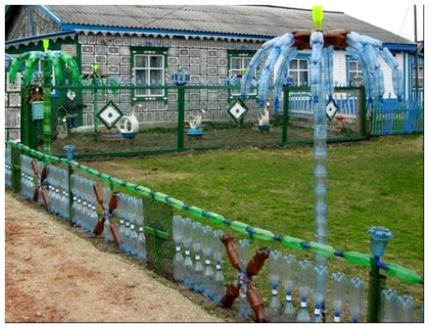 Забор своими руками пластик