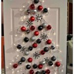 Альтернативные новогодние елки: силуэты на стене