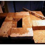 Чистка натяжного глянцевого потолка
