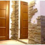 Фото обзор отделки декоративным камнем прихожей и квартиры своими руками