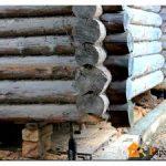 Как частично или полностью заменить нижний венец деревянного дома своими руками с поднятием конструкции и без него
