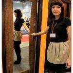 Металлические двери с зеркалом внутри