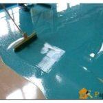 Основные разновидности красок для бетона для наружных работ и напольного покрытия, их важные свойства