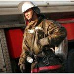 Пожарный карабин – насколько надежно крепление спасателя?