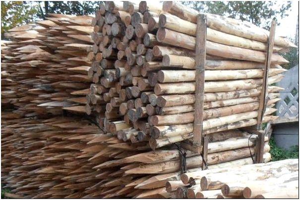 Фото 4 – Столбы деревянные из лиственницы