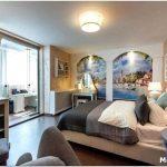 Какими преимуществами обладает спальня с балконом?
