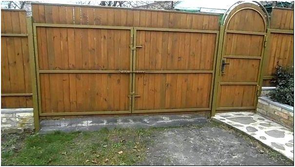 Ворота из дерева