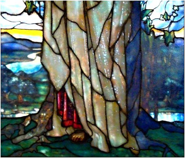 Фото 3 - Опаловые и иризирующие стекла на фрагменте витража Тиффани