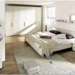 Дизайн спальни с шикарной белой кроватью — 10 фото