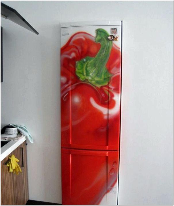 Декор холодильника аэрография