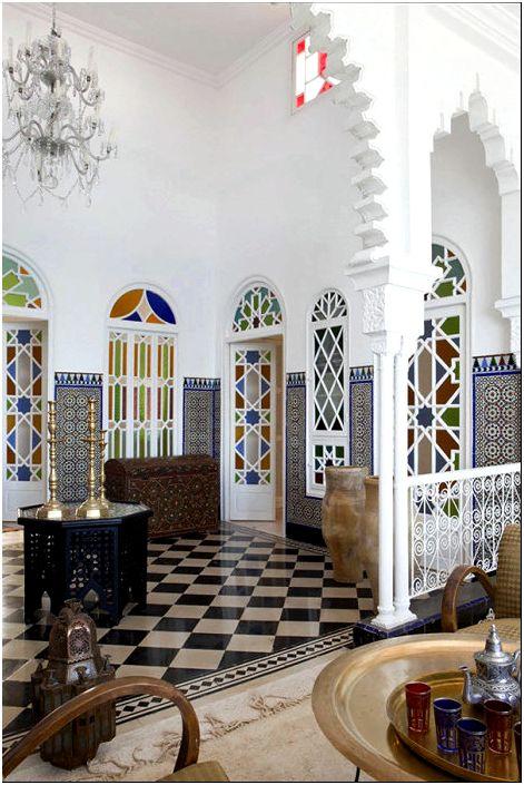 Фото 3 - Витражные двери в восточном стиле