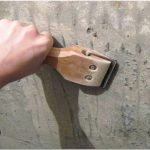 Как чистить краску со стен. инструкции на видео