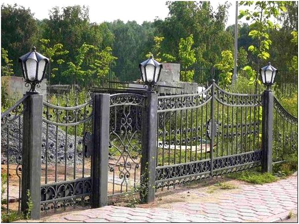 Фото 3 – Кованый забор