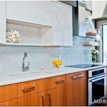 Современная и уютная кухня — 20 фото