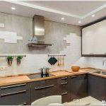 Комфортный дизайн рабочей зоны на кухне