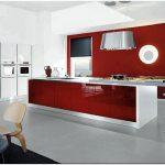 Красные кухни — 15 фото
