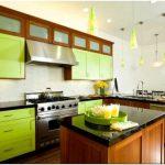 Салатовая кухня в интерьере: яркая нотка в вашем доме