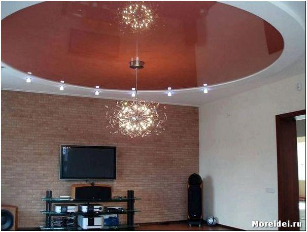 дизайн натяжных потолков в гостиной фото