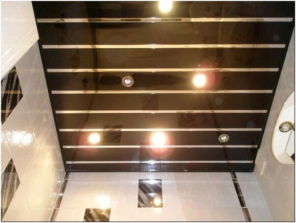 Фото 3 - Точечные светильники в пластиковых панелях
