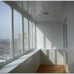 Остекление балконов – сделать своими руками проще простого