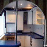 Как красиво оформить маленькую современную кухню?
