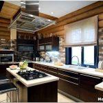 Выбираем стильный дизайн кухни в деревянном доме