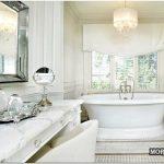 Трехцветный дизайн ванной комнаты