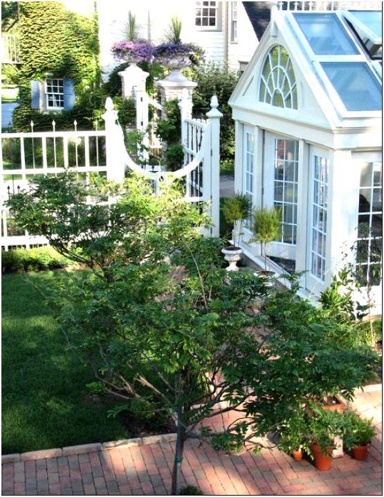 Ящики для цветов: красивое украшение балкона