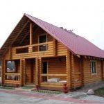 Дома из рубленного бревна – особенности строительства