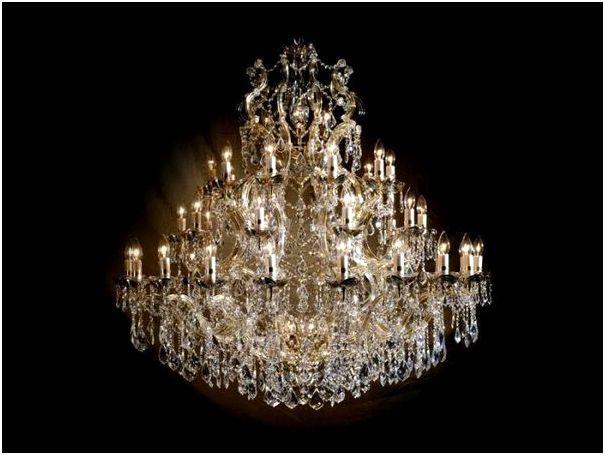 Хрустальные люстры из Испании в классическом стиле