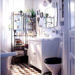 Как сделать интерьер маленькой ванной комнаты удобным?