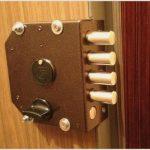 Как правильно выбрать дверные замки