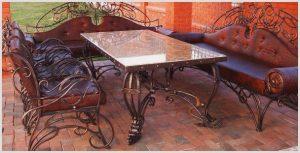 Кованая мебель – классика или экзотика