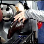 Как найти профессионального мастера по ремонту обуви?