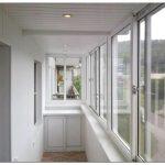 Фото внутренней отделки балкона