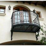 Красивый дом в испанском стиле