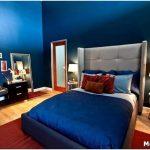 Организация нежного интерьера спальни в голубых тонах