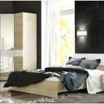 Как обустроить интерьер спальни с угловым шкафом?